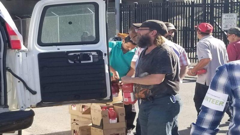 Al-Qaim Volunteers Serve A Meal Drive July 2018